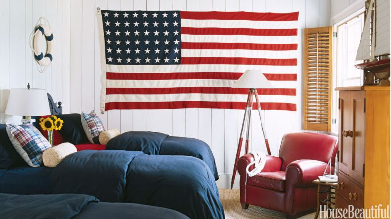 54c162aacfeea_-_red-white-blue-bedroom-0506-kbx8iu-s2